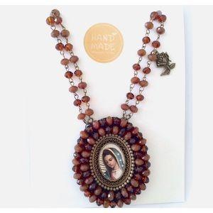 💛🧡Virgen Necklace 🧡💛